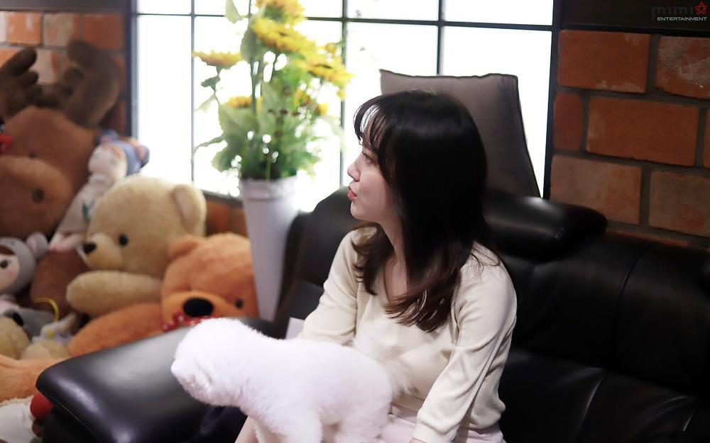 Goo Hye Sun giảm 14 kg, mảnh mai như thời 'Vườn sao băng': Ly hôn là đúng đắn! Ảnh 16