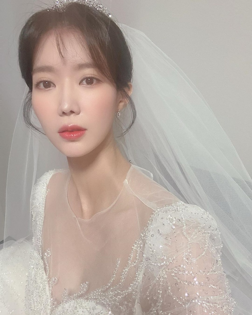Lộ ảnh hôn lễ đẹp như cổ tích của Im Soo Hyang và Ha Seok Jin Ảnh 6