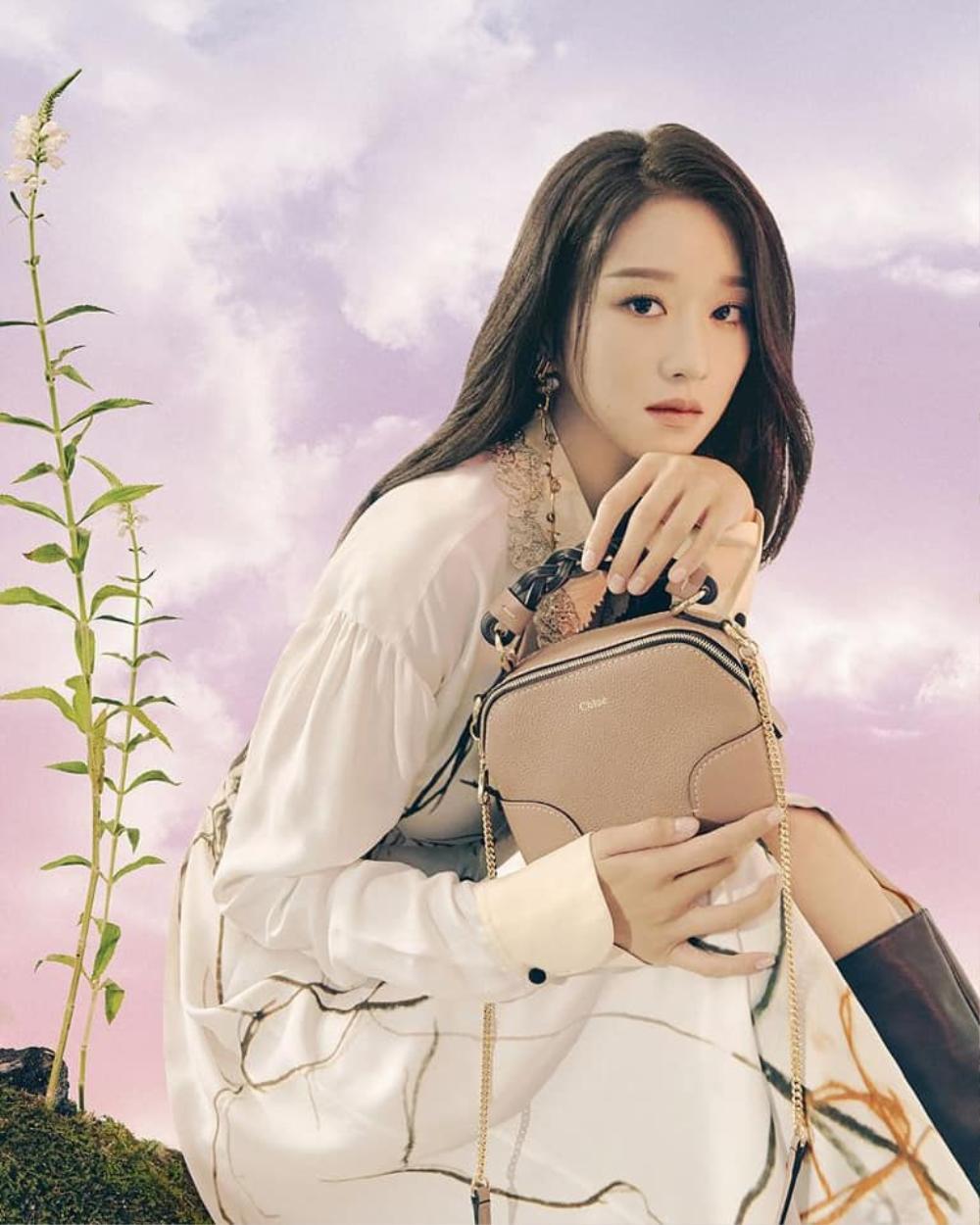'Điên nữ' Seo Ye Ji đẹp mơ màng khi làm nàng thơ cho hãng thời trang Pháp Ảnh 4