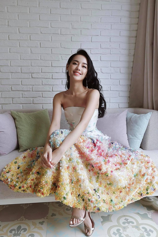 Góc tự hào: Trần Hùng chính thức trở thành thành viên nhà Thiết kế của Hiệp hội Thời trang Anh Quốc Ảnh 18