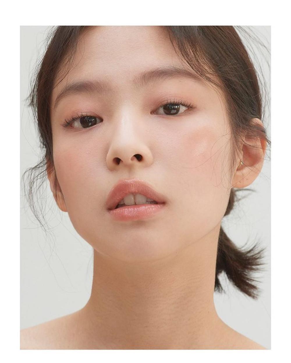 Visual thách thứ chuẩn mực sắc đẹp của các nữ Idols K-Pop Ảnh 5
