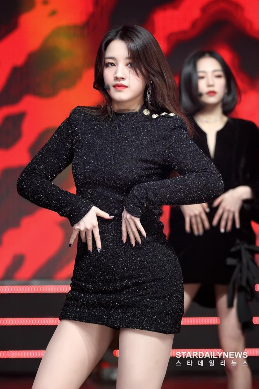 Visual thách thứ chuẩn mực sắc đẹp của các nữ Idols K-Pop Ảnh 19