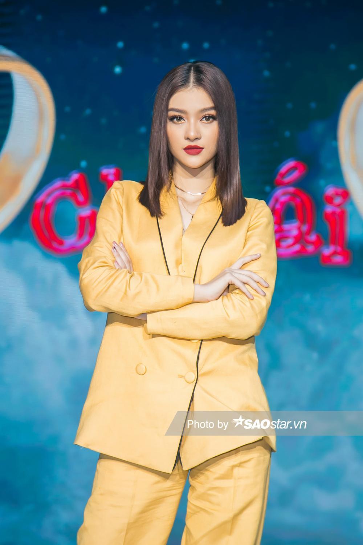 Á hậu Kiều Loan: 'Tôi là một người rất mè nheo khi yêu nên cần tìm một bạn trai lạnh lùng như Binz' Ảnh 1