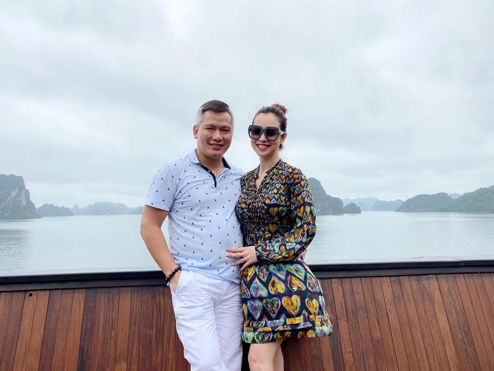 Vợ chồng hoa hậu Jennifer Phạm say đắm 'khiêu vũ' giữa đất trời Sapa Ảnh 8