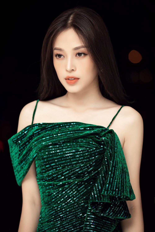 Tiểu Vy - Phương Nga - Thúy An thăng hạng nhan sắc sau 2 năm đăng quang Hoa hậu Việt Nam Ảnh 14