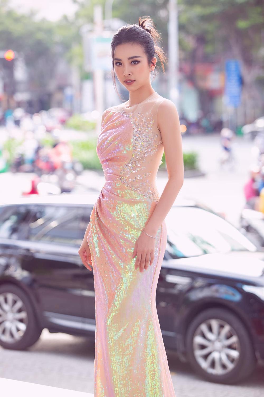 Tiểu Vy - Phương Nga - Thúy An thăng hạng nhan sắc sau 2 năm đăng quang Hoa hậu Việt Nam Ảnh 11