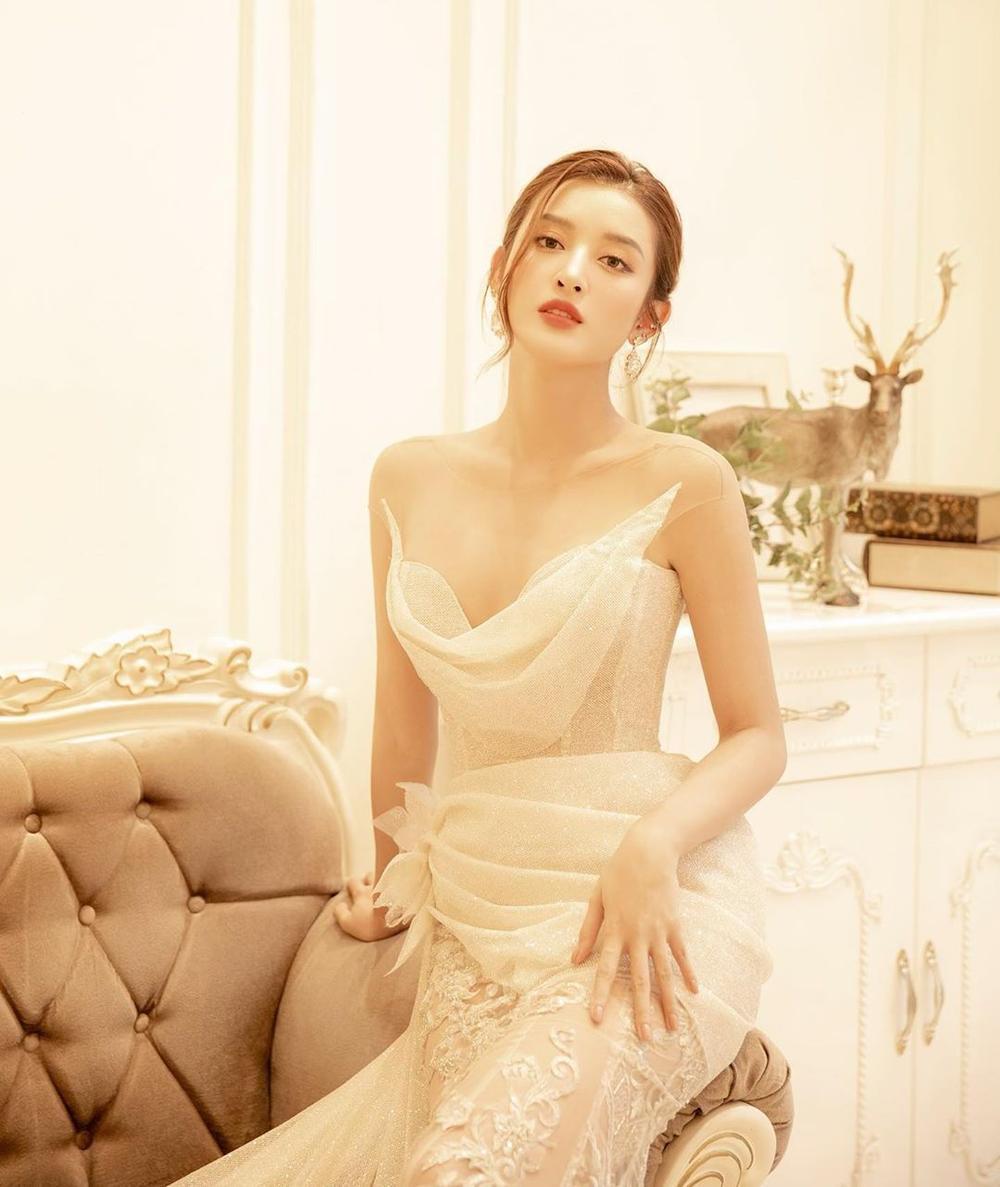 Tiểu Vy - Phương Nga - Thúy An thăng hạng nhan sắc sau 2 năm đăng quang Hoa hậu Việt Nam Ảnh 18