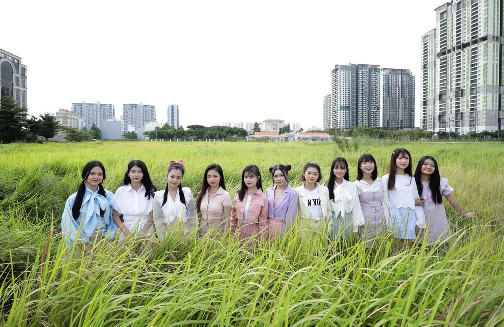 Sẽ ra sao khi 23 thành viên nhóm nhạc SGO48 cùng nhau xuất hiện trong MV comeback? Ảnh 2