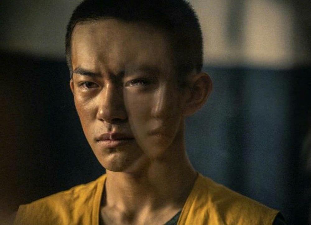 Dựa vào phim 'Em của thời niên thiếu', Châu Đông Vũ đạt nhiều giải thưởng lớn nhưng Dịch Dương Thiên Tỉ lại thua xa đàn chị Ảnh 4