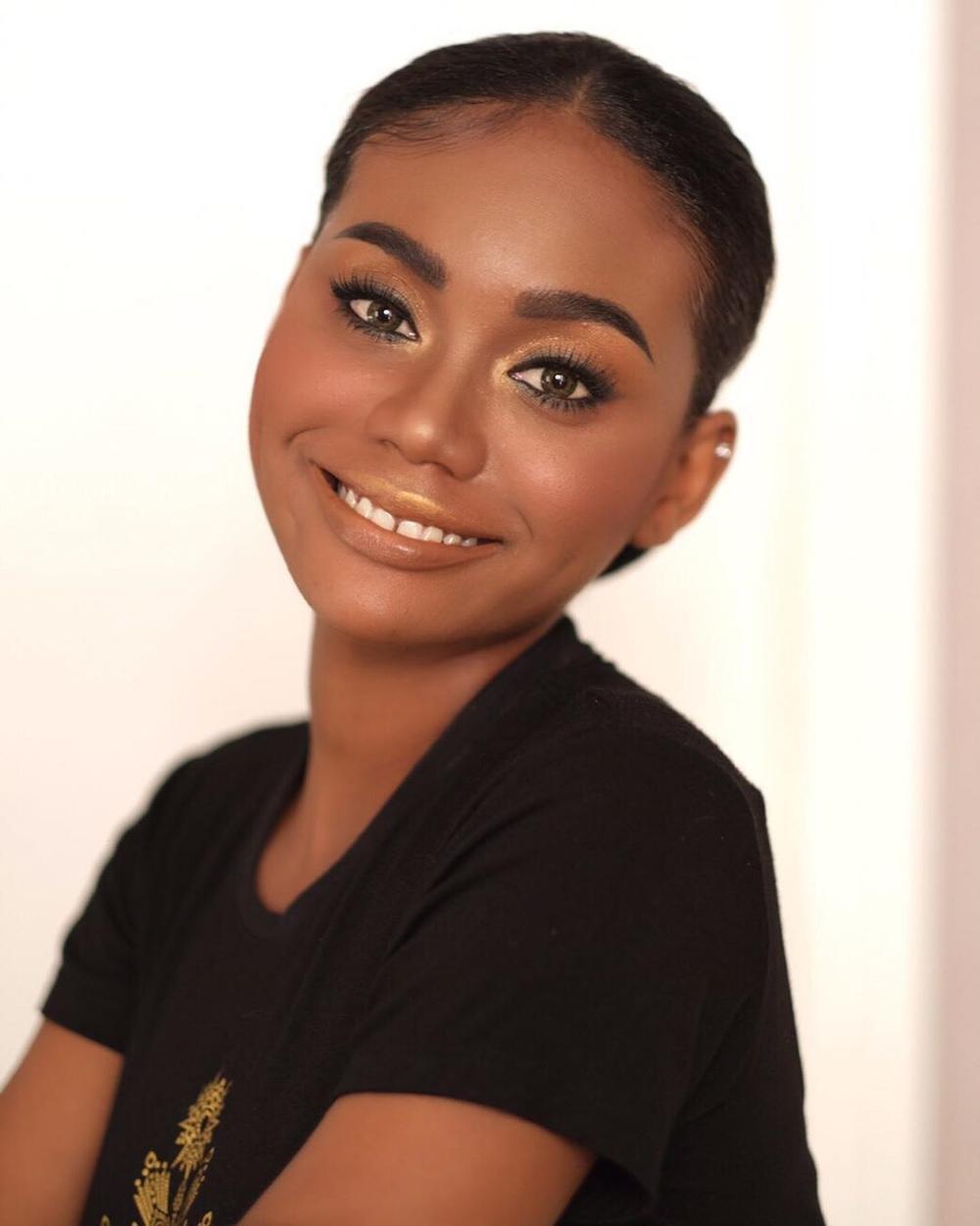 Nhan sắc da màu lai 3 dòng máu 'gây sốt' tại Miss Universe Thailand 2020, nghèo khó, sống ở khu ổ chuột, đi thi bằng xe buýt Ảnh 9