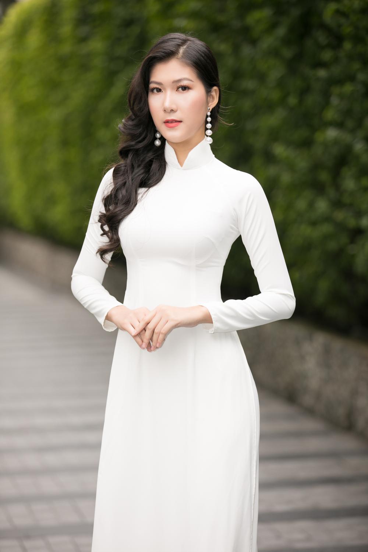 Loạt người đẹp đầy tiềm năng cùng khoe sắc tranh vương miện Hoa hậu Việt Nam 2020 Ảnh 9