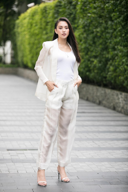 Loạt người đẹp đầy tiềm năng cùng khoe sắc tranh vương miện Hoa hậu Việt Nam 2020 Ảnh 1