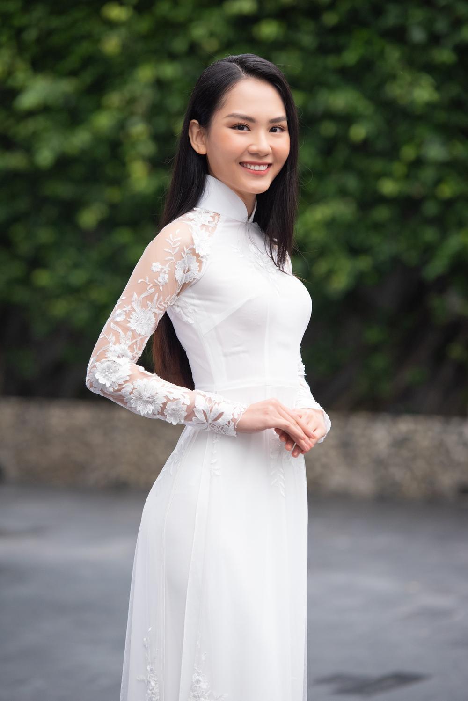 Loạt người đẹp đầy tiềm năng cùng khoe sắc tranh vương miện Hoa hậu Việt Nam 2020 Ảnh 10
