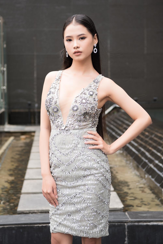 Loạt người đẹp đầy tiềm năng cùng khoe sắc tranh vương miện Hoa hậu Việt Nam 2020 Ảnh 12