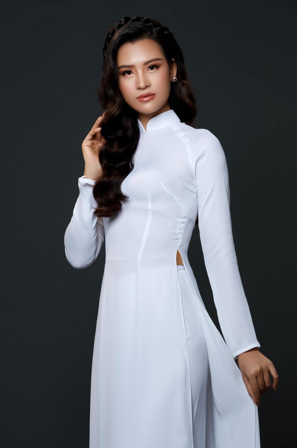 HOT: Lộ diện đại diện Việt Nam tại Miss Earth thi Online, từng 'đụng độ' H'Hen Niê - Hoàng Thùy Ảnh 8