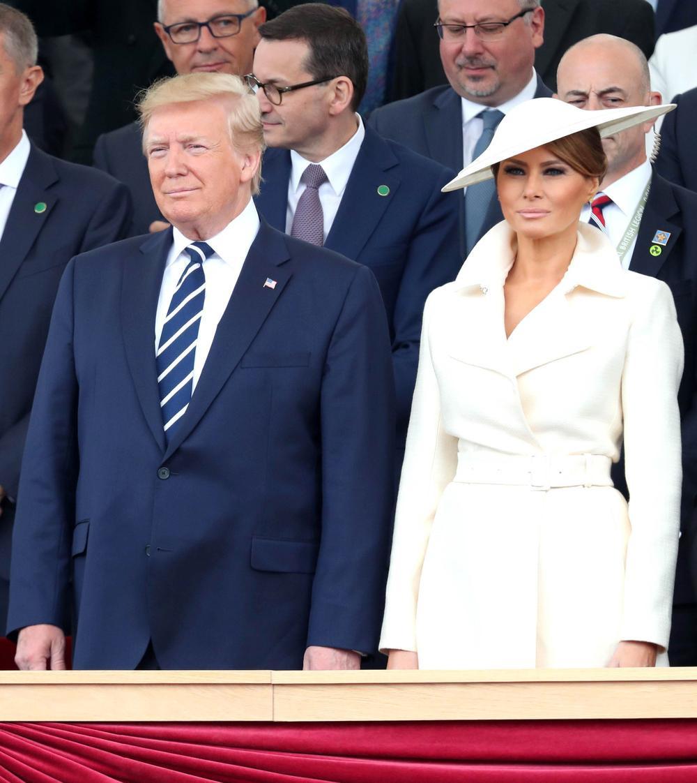 Đệ nhất phu nhân Mỹ Melania Trump cứ diện váy trắng tinh khôi là nhận được vô vàn lời khen Ảnh 7