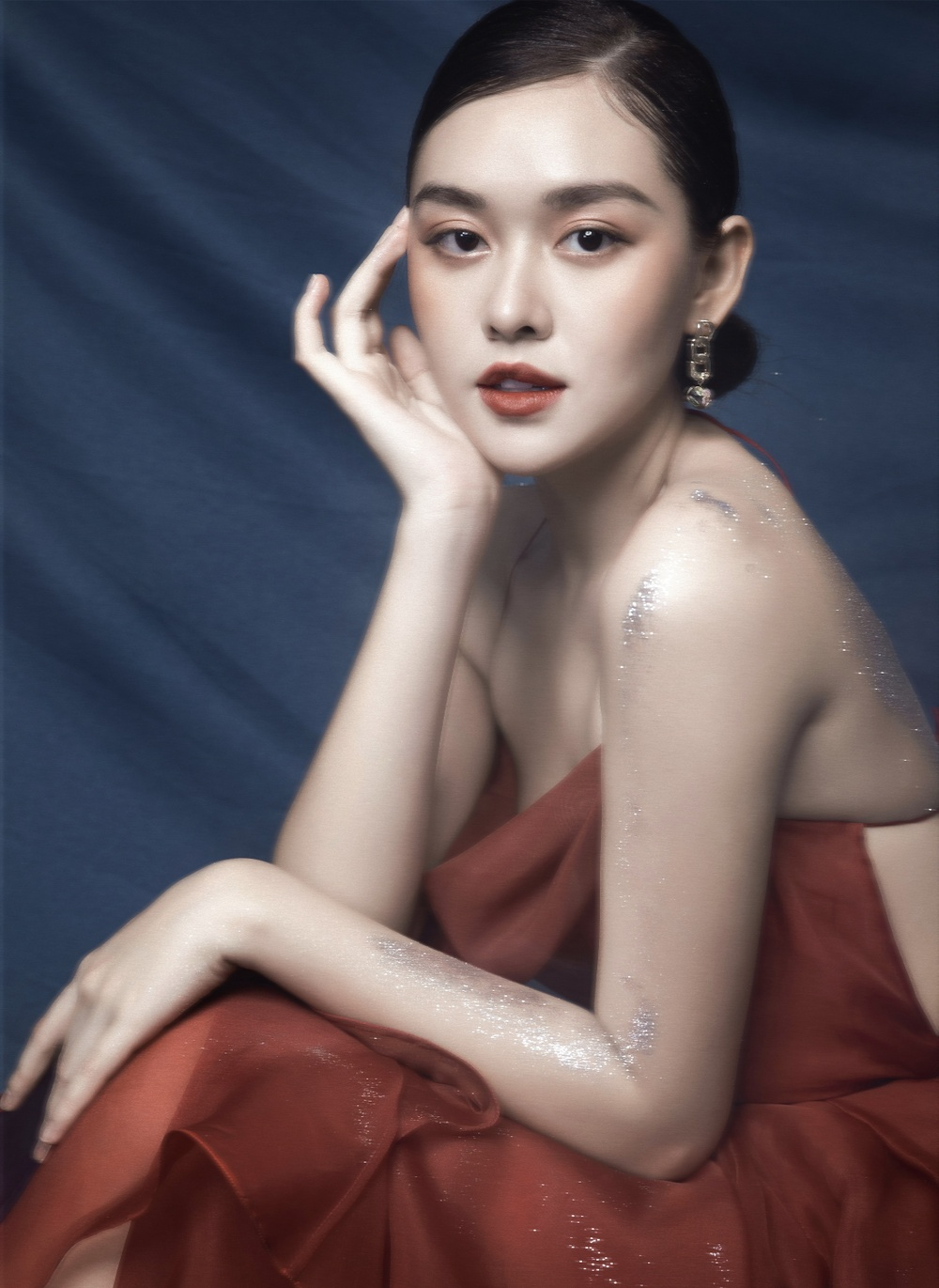 Á hậu Tường San hóa 'Hằng Nga', đẹp ma mị trong bộ ảnh mới dịp Trung thu Ảnh 5