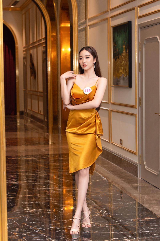 Chiêm ngưỡng nhan sắc Top 60 người đẹp tranh vương miện Hoa Hậu Việt Nam 2020 Ảnh 13