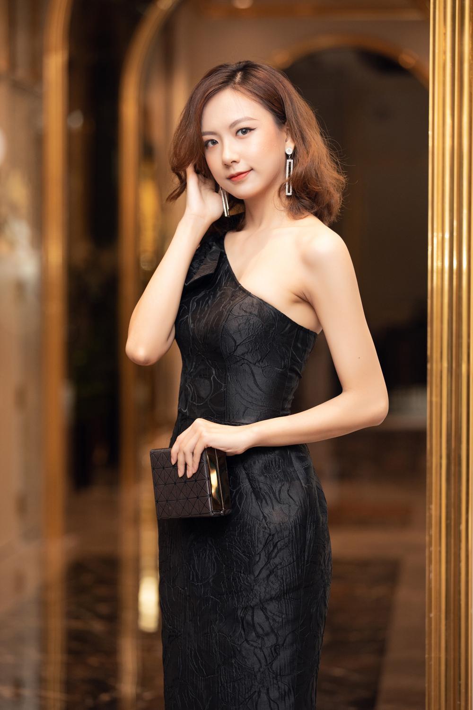 Chiêm ngưỡng nhan sắc Top 60 người đẹp tranh vương miện Hoa Hậu Việt Nam 2020 Ảnh 11