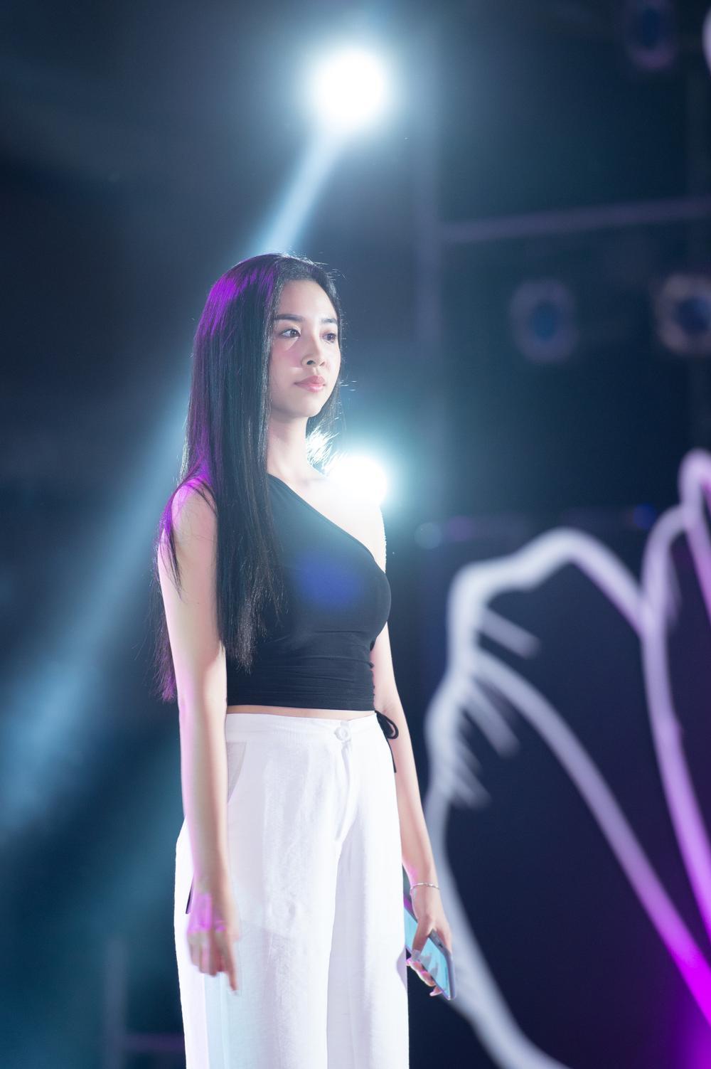Dàn Hoa hậu Tiểu Vy, Thúy An, Phương Nga tỏa sáng khi để mặt mộc, nhìn sang Hiền Thục mới bất ngờ Ảnh 3