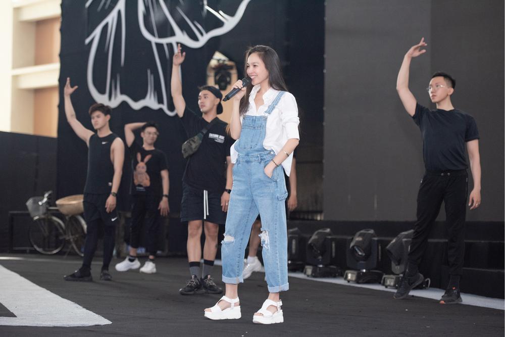 Dàn Hoa hậu Tiểu Vy, Thúy An, Phương Nga tỏa sáng khi để mặt mộc, nhìn sang Hiền Thục mới bất ngờ Ảnh 6