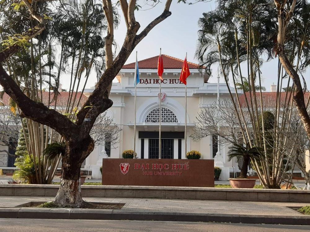 Đại học Huế và Đà Nẵng lùi thời gian nhập học đảm bảo an toàn cho sinh viên trước tình hình mưa lũ phức tạp Ảnh 1