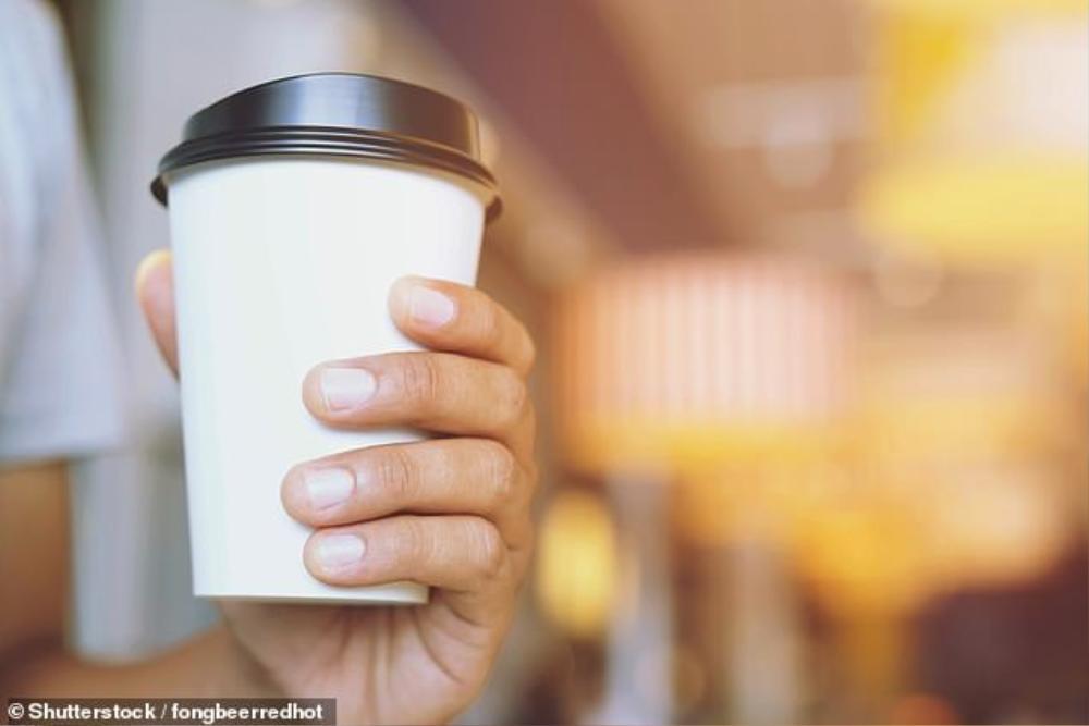 Sợ bị sa thải, nữ nhân viên pha thuốc an thần vào cà phê của đồng nghiệp suốt 9 tháng Ảnh 1