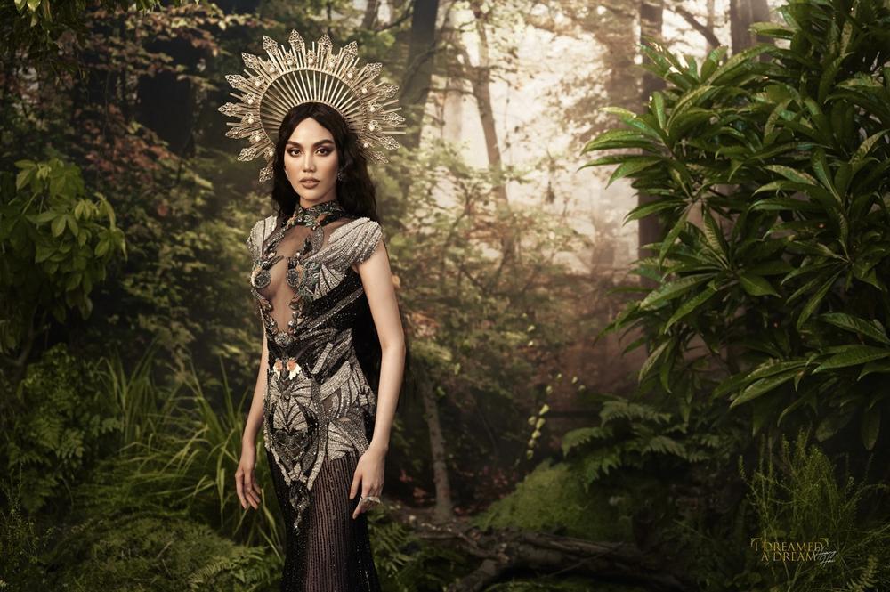 Lan Khuê hóa nữ thần rừng quyền uy, thần thái đỉnh cao đầy mị lực Ảnh 13