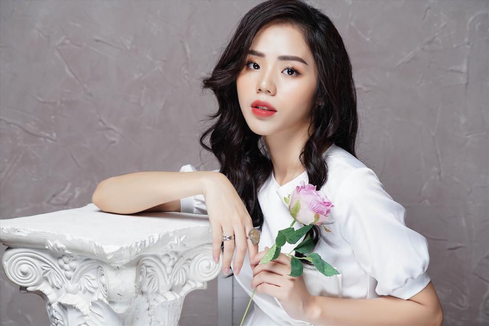 6 nữ YouTuber hot nhất Việt Nam: Mỗi kênh đều trên 2 triệu sub, thu nhập khủng đáng ngưỡng mộ Ảnh 6