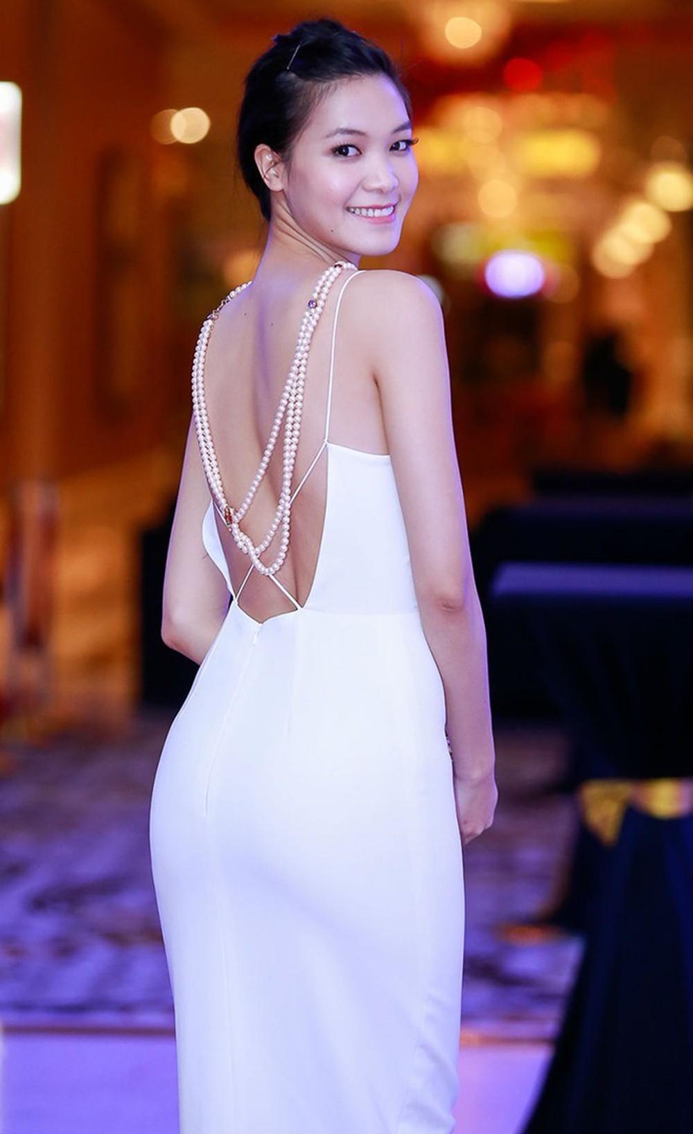 Vẻ đẹp thuần khiết của 16 cô gái thuở mới đăng quang Hoa hậu Việt Nam: Chờ đợi nhan sắc kế nhiệm Tiểu Vy Ảnh 13