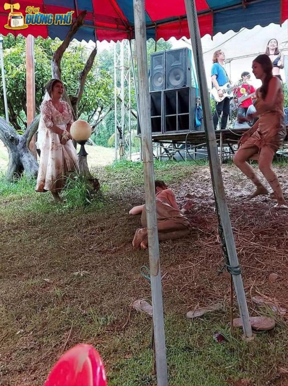 Hội chị em túm váy 'quẩy' tung bùn trong đám cưới, nhìn sang váy cô dâu ai cũng lắc đầu ngán ngẩm Ảnh 3