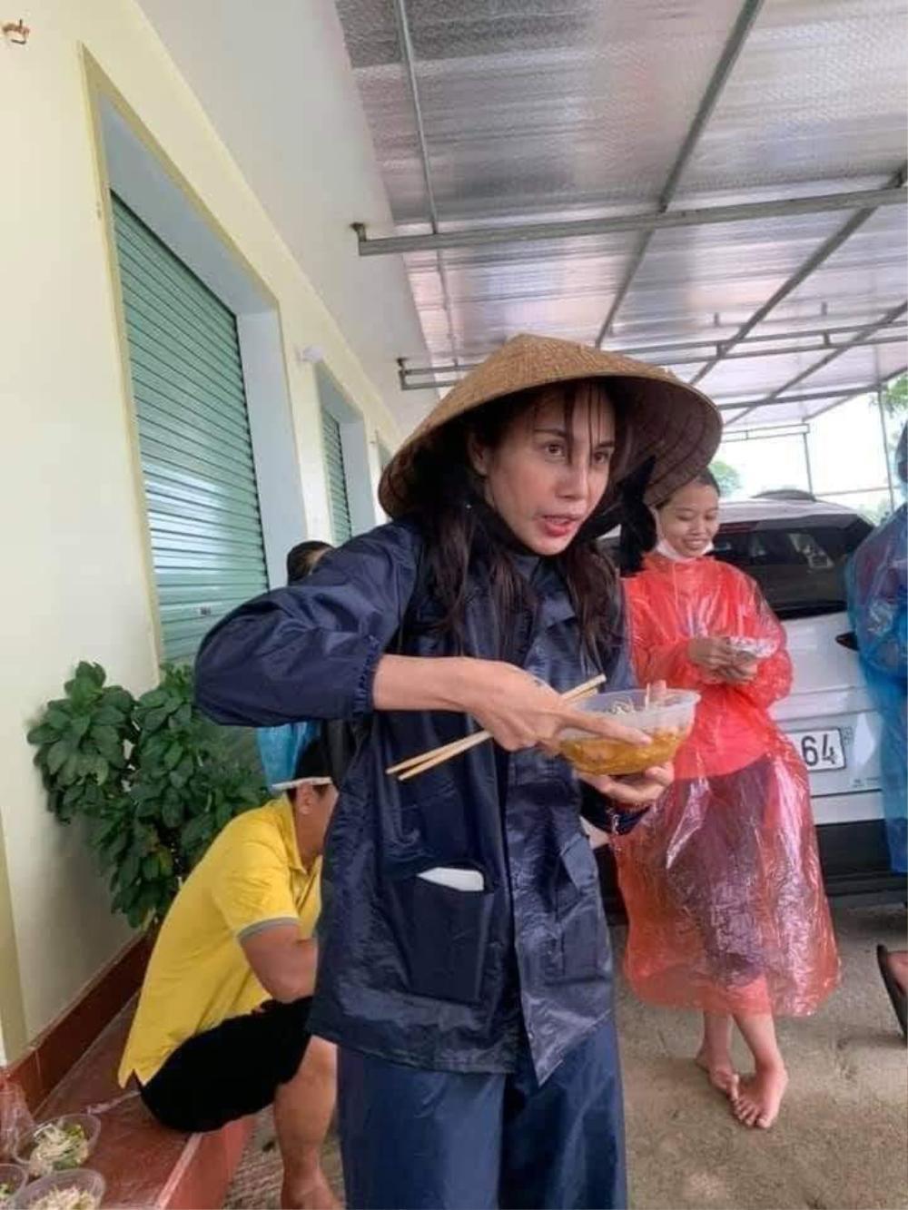 Nghệ sĩ hài Vượng Râu khuyên Thủy Tiên thuê luật sư, trao ngay 80 tỉ tới Uỷ ban MTTQ hoặc quỹ Vì người nghèo Việt Nam Ảnh 3