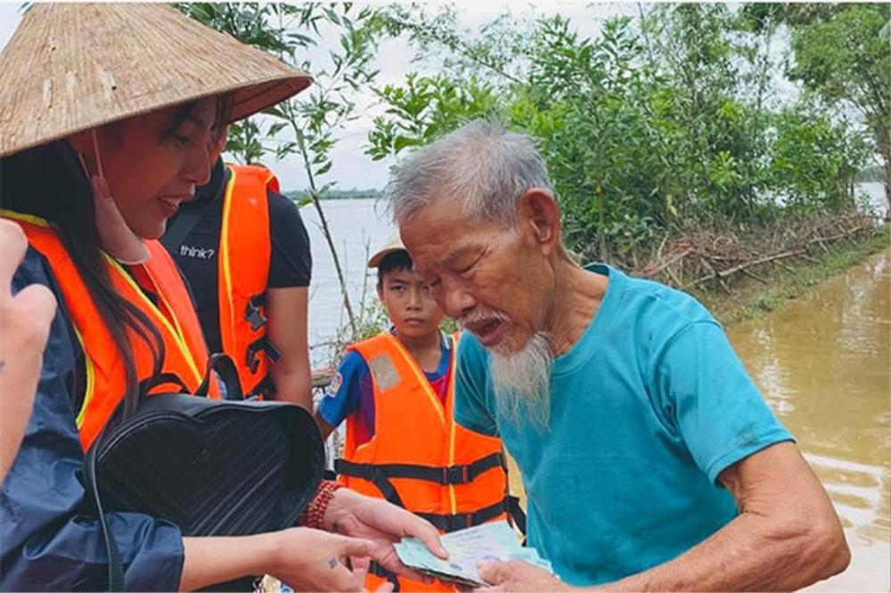 MC Phan Anh lên tiếng về việc Thủy Tiên có vi phạm pháp luật khi kêu gọi 100 tỉ đồng làm từ thiện? Ảnh 2