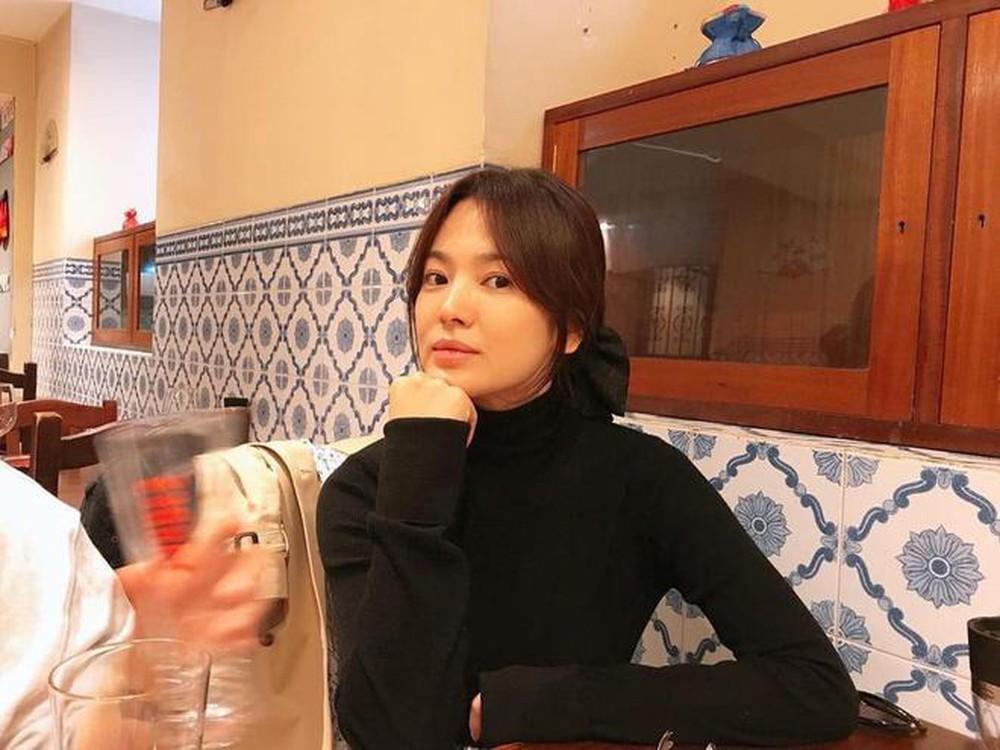 Stylist cũ Red Velvet và bạn Song Hye Kyo ủng hộ BTV tố Irere chửi rủa: Ma nữ đội lốt nữ thần! Ảnh 7