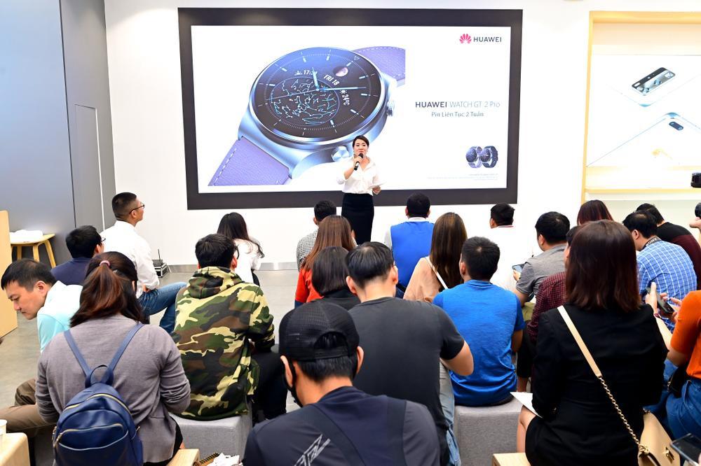Huawei ra mắt đồng hồ thông minh Watch GT 2 Pro tại VN, điểm nhấn ở thời lượng pin Ảnh 1