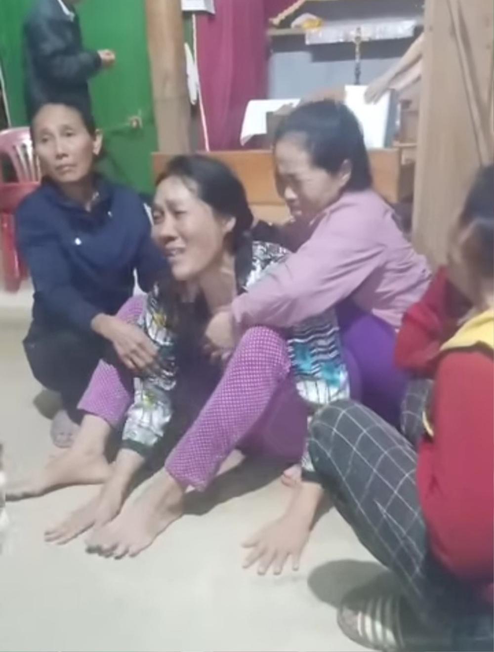 Sạt lở núi vùi lấp lán trại ở Quảng Bình: 1 người tử vong, 3 người mất tích Ảnh 1