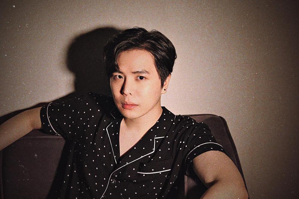 Trịnh Thăng Bình khiến fan 'bối rối' khi diện style khó hiểu và chiếc mũi lạ Ảnh 9