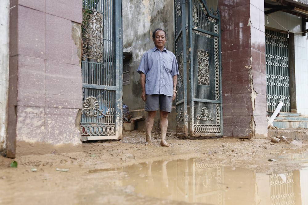 Chuyện về hai ông cháu dũng cảm cứu gần 100 người qua cơn lũ dữ Quảng Bình Ảnh 8