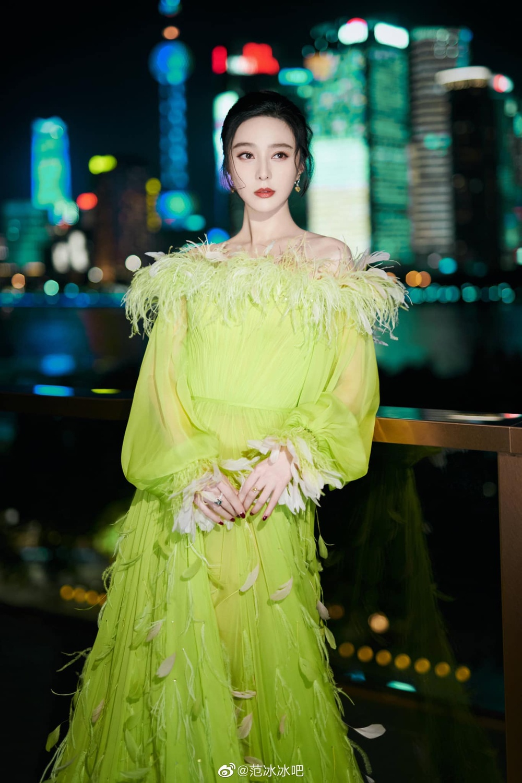 Phạm Băng Băng vượt mặt sao Hollywood trở thành mỹ nhân mặc đẹp nhất trên Vogue Mỹ Ảnh 10