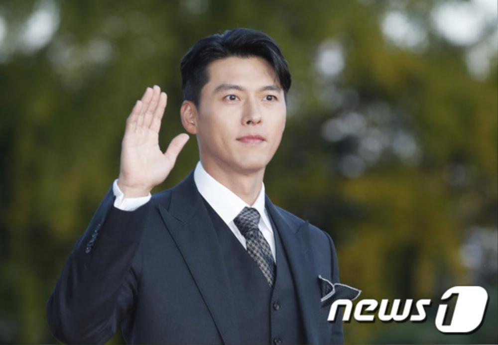 Thảm đỏ hot nhất Hàn Quốc: SEVENTEEN cùng Hyun Bin, Gong Hyo Jin, Kim Hee Ae và Kang Ha Neul gây sốt Ảnh 8