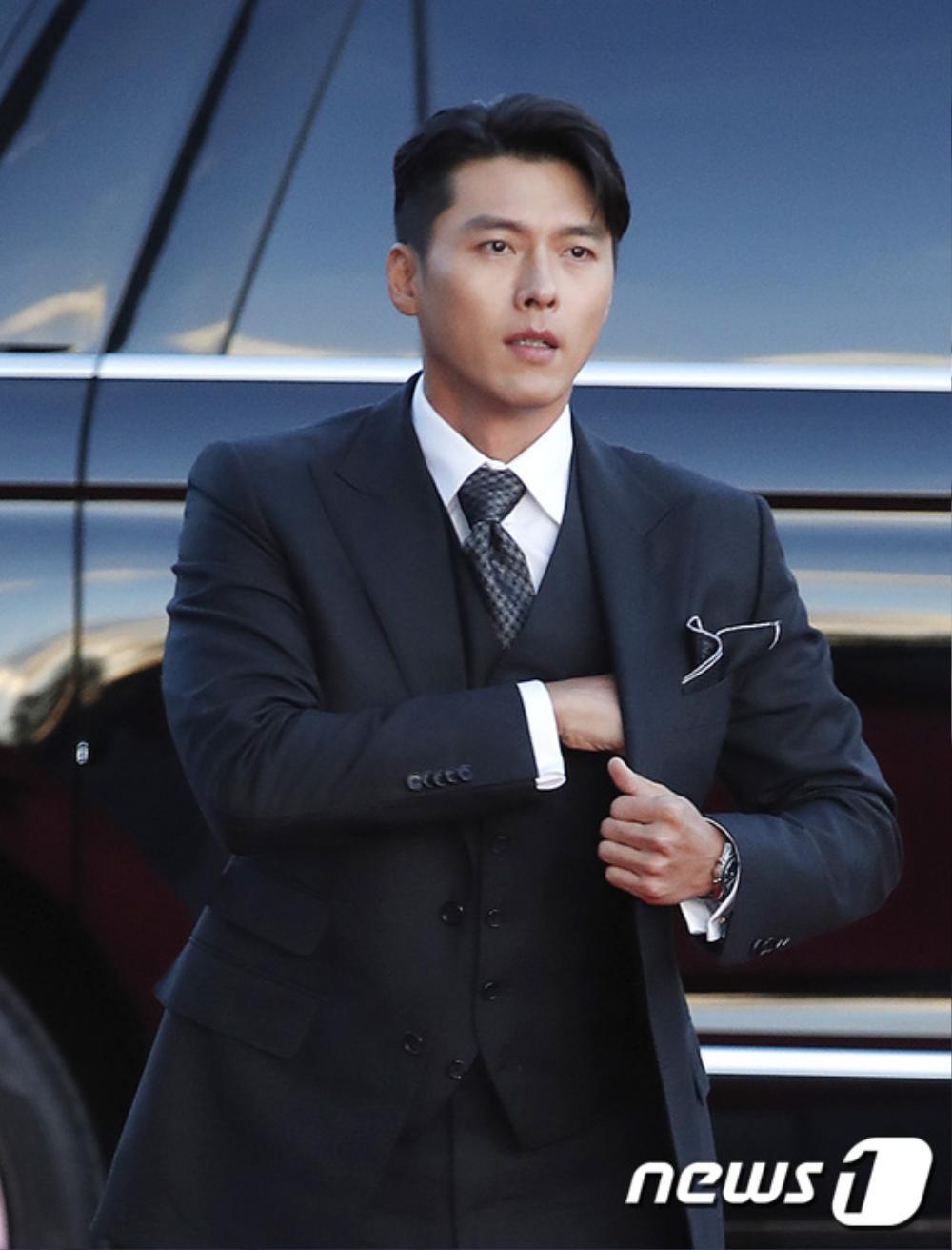 Thảm đỏ hot nhất Hàn Quốc: SEVENTEEN cùng Hyun Bin, Gong Hyo Jin, Kim Hee Ae và Kang Ha Neul gây sốt Ảnh 6