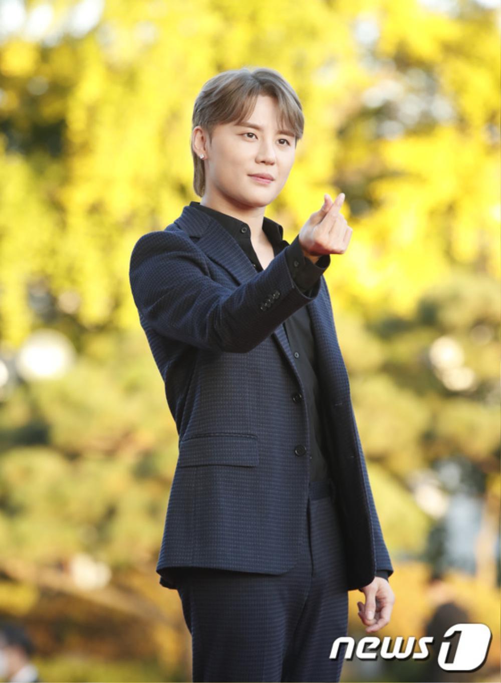 Thảm đỏ hot nhất Hàn Quốc: SEVENTEEN cùng Hyun Bin, Gong Hyo Jin, Kim Hee Ae và Kang Ha Neul gây sốt Ảnh 35