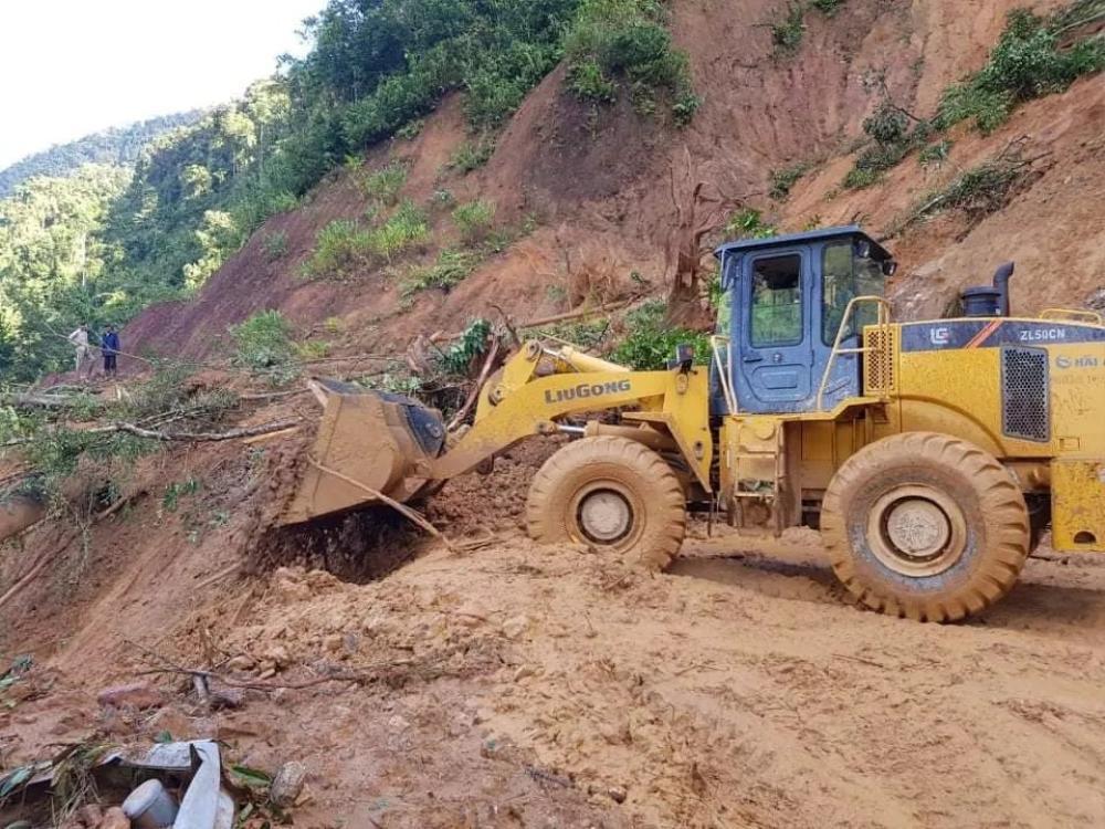 Vụ sạt lở đất ở Quảng Nam: Mất liên lạc với cả gia đình Bí thư xã Trà Leng Ảnh 2