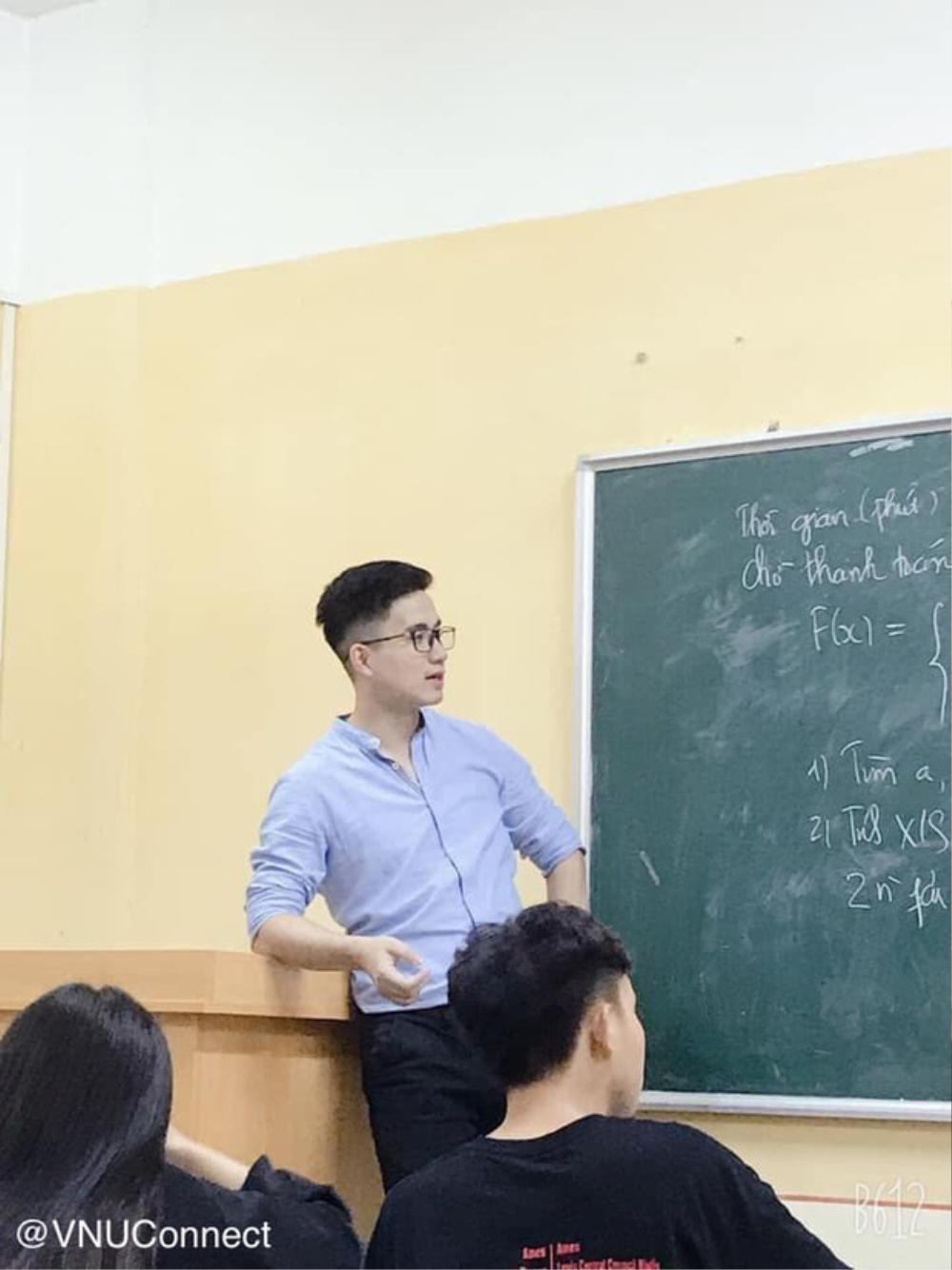 Nam giáo viên bỗng chốc 'nổi như cồn' với loạt ảnh chụp lén đẹp trai như 'soái ca' Ảnh 1