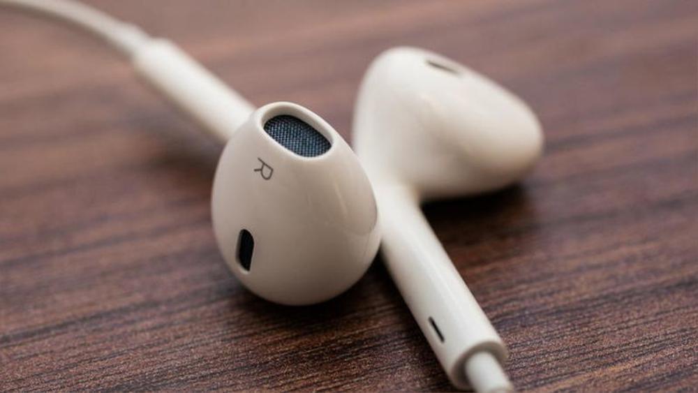Công dụng của lỗ hổng bí ẩn trên mọi chiếc tai nghe của Apple Ảnh 2