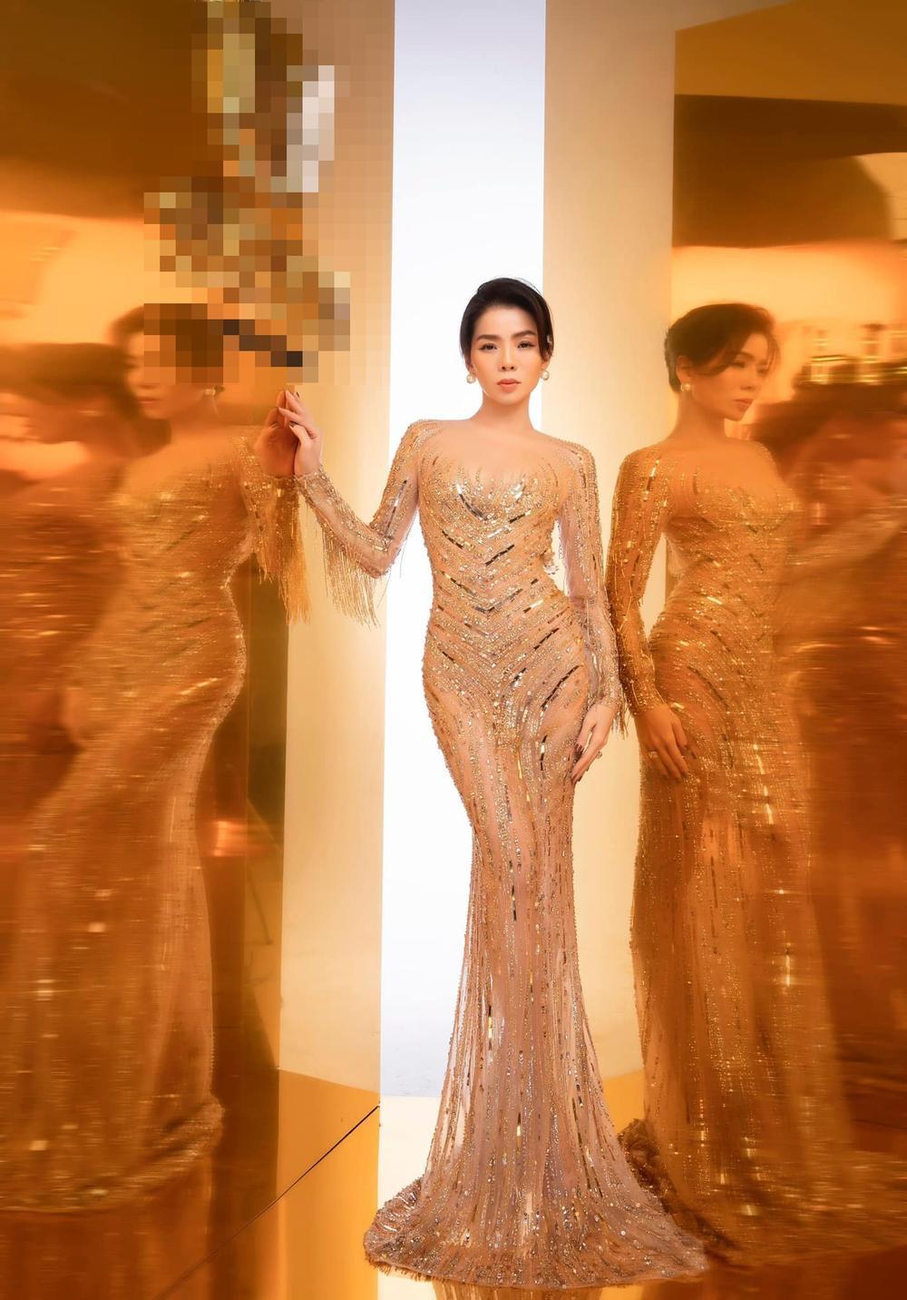 Hậu ly hôn, Lệ Quyên trông lạ với tóc ngắn diện kiểu váy màu hồng chóe nổi bật xuống phố Ảnh 5
