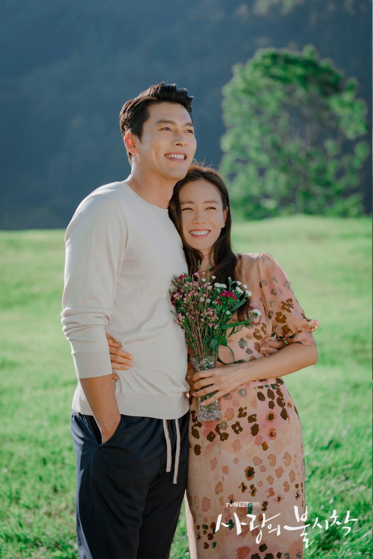 'Vợ chồng' Son Ye Jin - Hyun Bin lại làm mưa làm gió truyền thông: Lý do là gì? Ảnh 1
