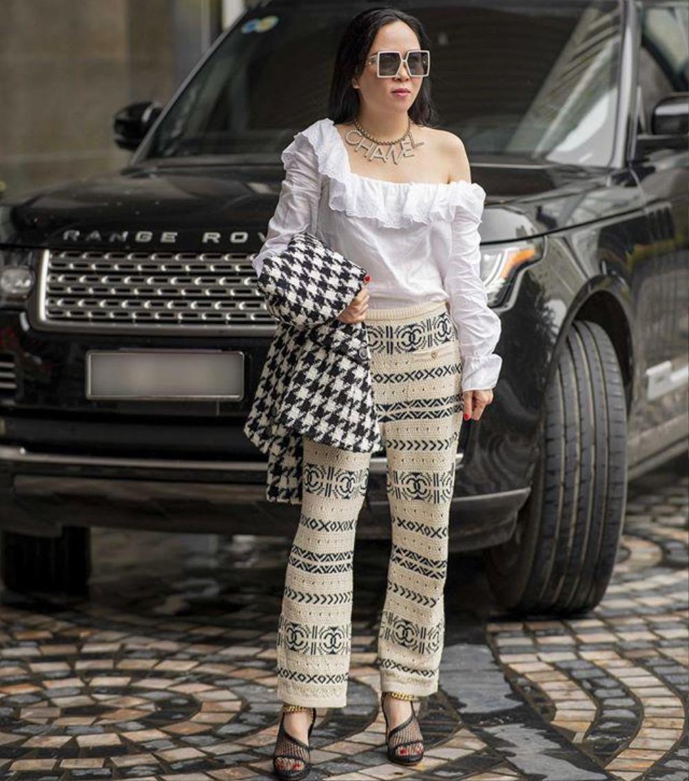 Ít ai như Phượng Chanel, diện hoài một kiểu đồ dù có bị chê vẫn mặc miệt mài Ảnh 5