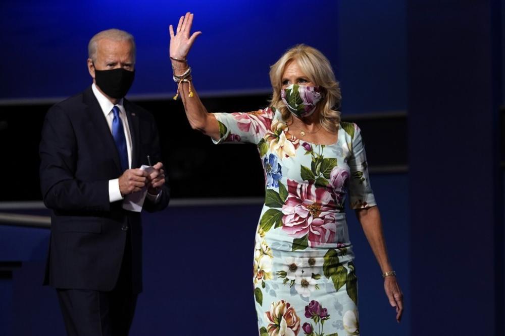 Phong cách thời trang thanh tao của vợ ứng viên Tổng thống Mỹ Joe Biden Ảnh 7
