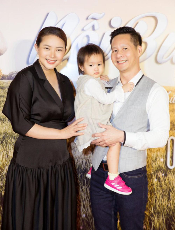 Phan Như Thảo hạnh phúc mừng kỉ niệm ngày cưới với đại gia Đức An Ảnh 1